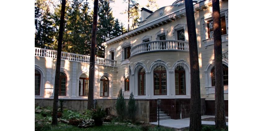 Облицовка дома в стиле Ампир
