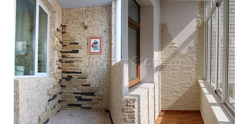 Отделка балконов натуральным камнем